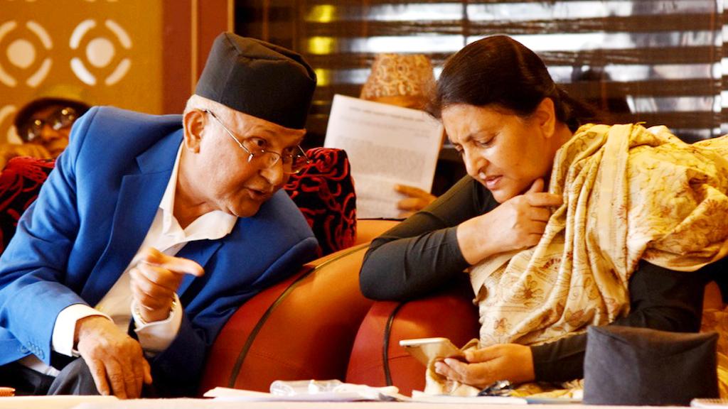 प्रधानमन्त्री ओली र राष्ट्रपति भण्डारीबीच शितल निवासमा गाेप्य भेटवार्ता