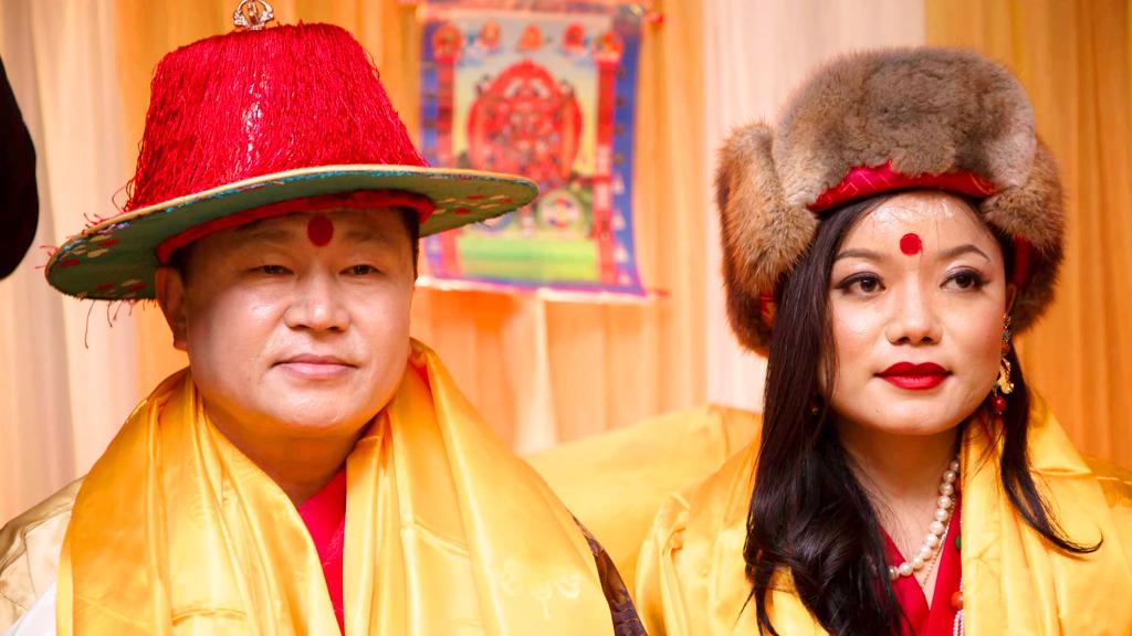 मुख्यमन्त्री राई र मिस मंगोल २०१८ जाङ्मु शेर्पा विवाह बन्धनमा बाँधिए