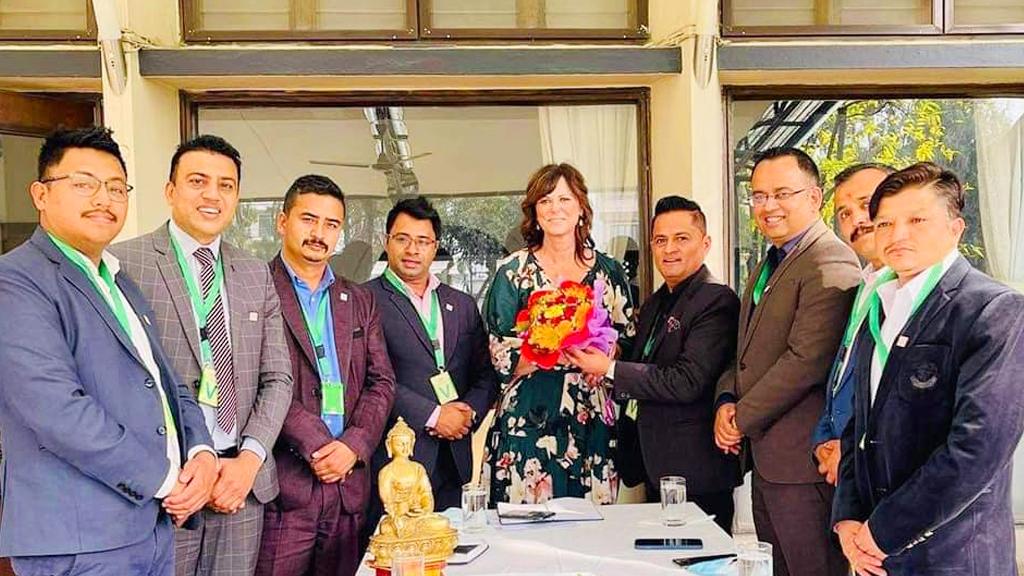 नेपालका लागि अष्ट्रेलियाली राजदूत र नेपाल शैक्षिक परामर्श संघको टोलीबीच भेटवार्ता