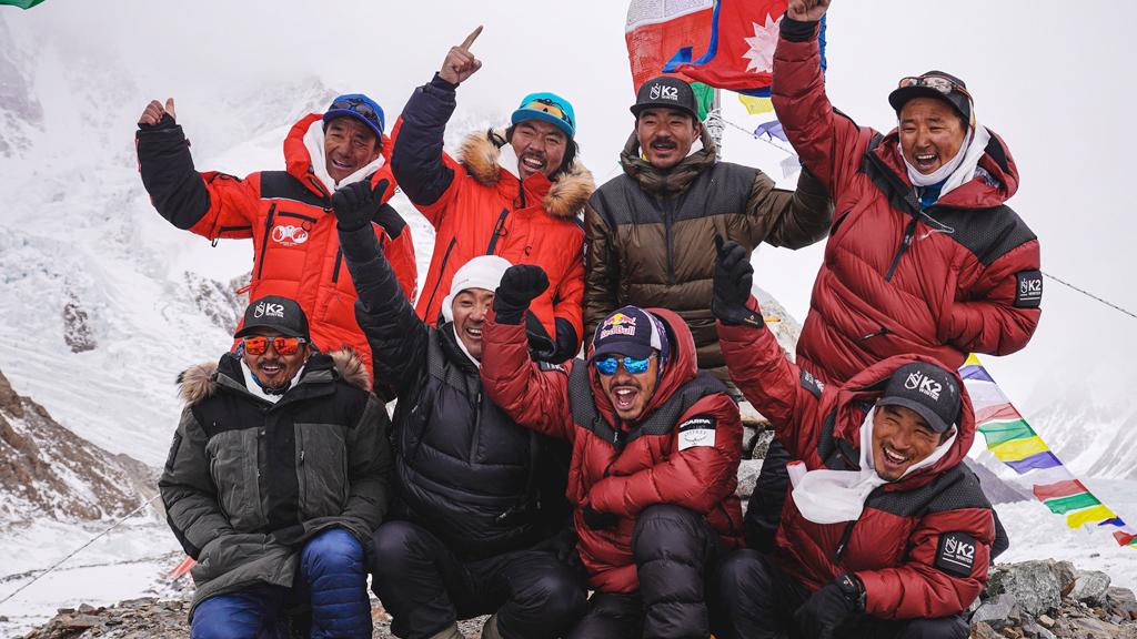 नेपाली पर्वतारोहीद्वारा विश्वको दोश्रो अग्लो हिमाल केटुको कीर्तिमानी आरोहण, पाकिस्तानी राष्ट्रपतिले दिए बधाई