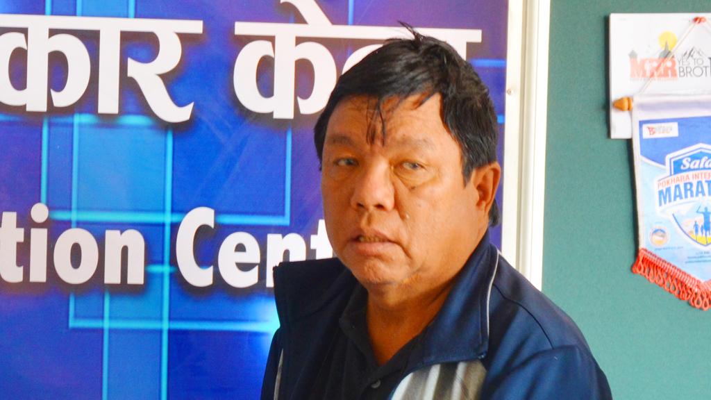 महावीर पुनको महान अभियानमा युरोपका नेपालीको साथ, आविष्कार केन्द्रका लागि सहयाेग जुटाइने