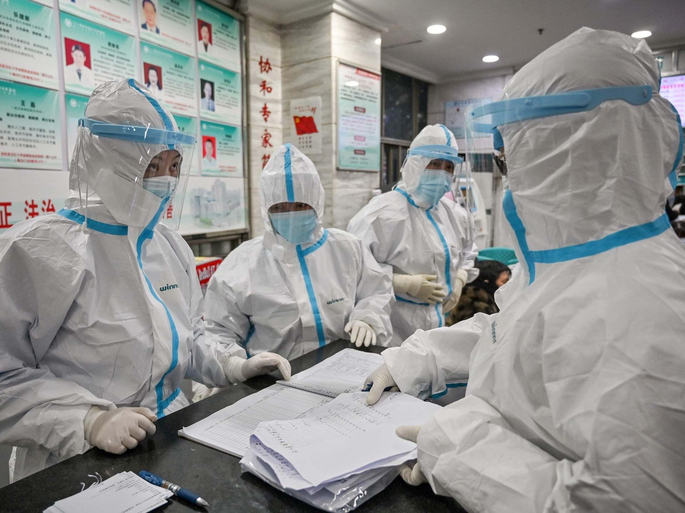काेराेना संक्रमणकाे आशंकामा तीनजना अस्पताल भर्ना