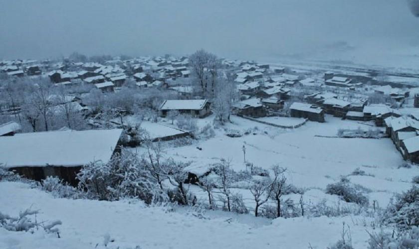 मुस्ताङमा पाँचौं पटकको हिमपातसँगै जनजीवन प्रभावित