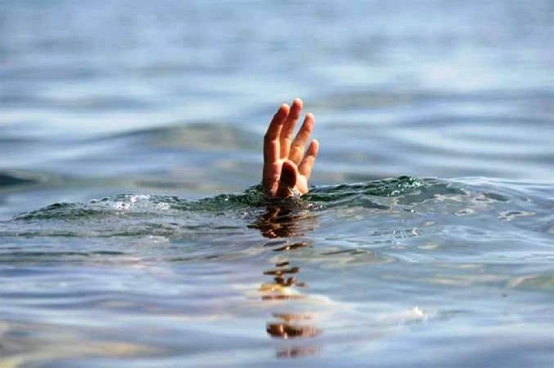 खाडलकाे पानीमा डुबेर बालिकाको मृत्यु