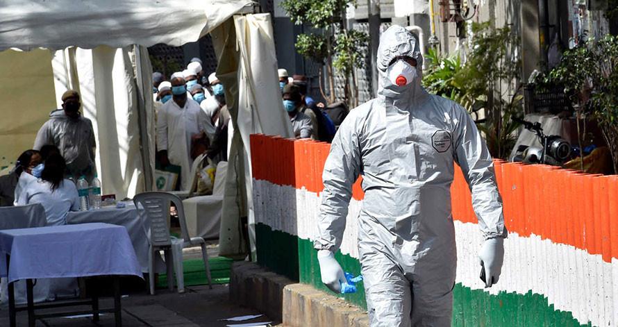 भारतमा संक्रमितको संख्या ११ हजार नाघ्याे, ३ सय ७७ जनाको मृत्यु