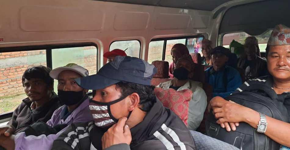 विदेशीसँग आएका २५ मजदुरको उद्धार