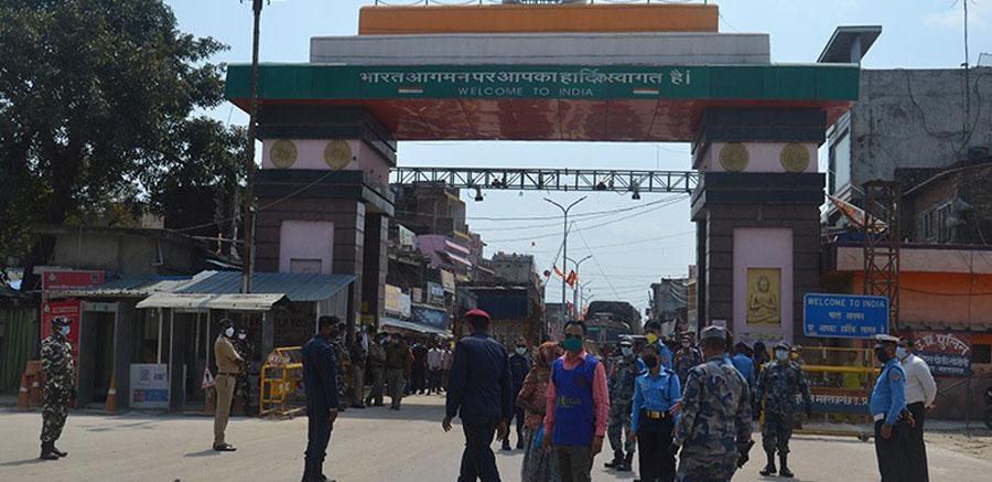 भारतीय क्वारेन्टाइनमा बसेर एक महिनापछि स्वदेश फर्कँदै नेपाली मजदुर