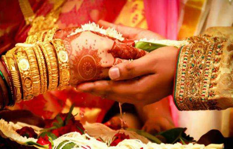 विवाह नहुँदा टेलरिङ व्यवसायीको हात खाली