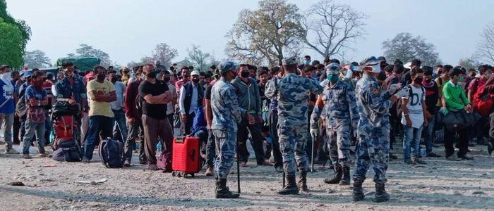 दैनिक भारतबाट भित्रिँदैः जिल्लामा त्रास बढ्दो