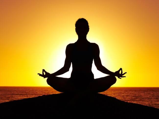 क्वारेन्टिनमा योग प्रशिक्षण