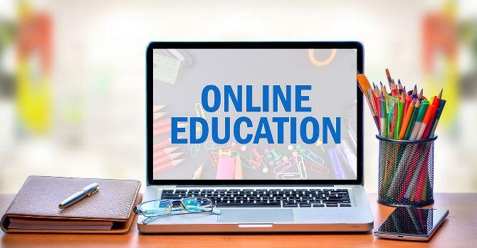 विश्वविद्यालयले अनलाइन प्रणालीमार्फत पठनपाठन गर्दै
