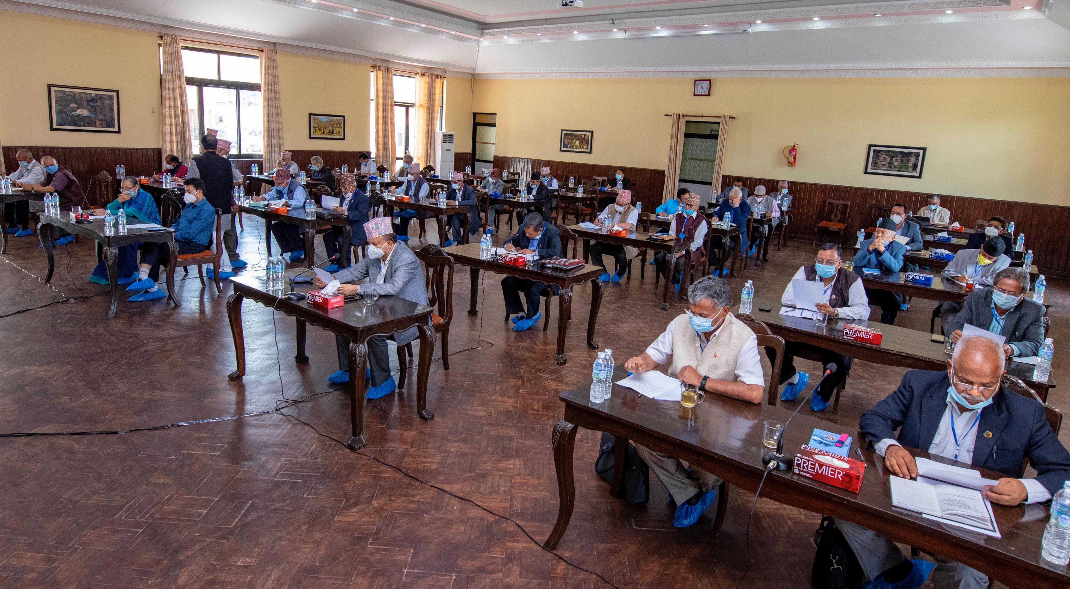 सीमा रक्षक जनताको विकासमा ध्यान दिन नेकपा नेताको सुझाव