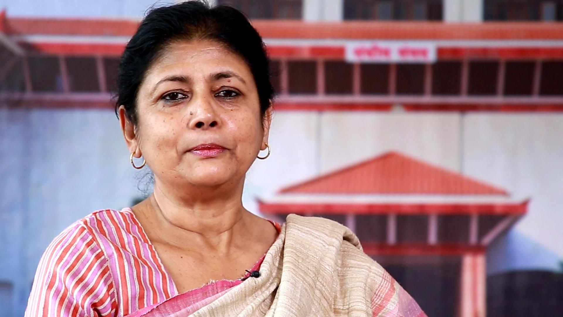 सरिता गिरीलाइ पार्टी र सांसद दुवैबाट निष्कासित गर्ने समाजवादीको निर्णय